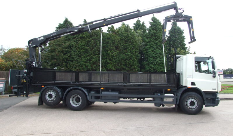 Rear mounted Hiab 122 crane with stand up controls