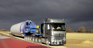 Mercedes Actros SLT in Operation