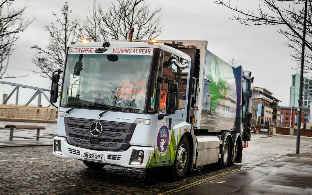 Mercedes Econic Gas Refuse Truck