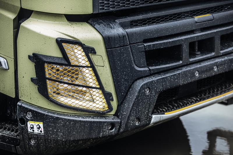 Volvo FMX Headlamp -New design and protectors