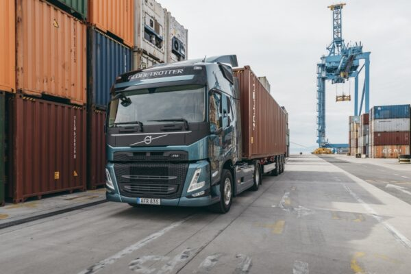 Volvo FM 2020 Model Year container transport
