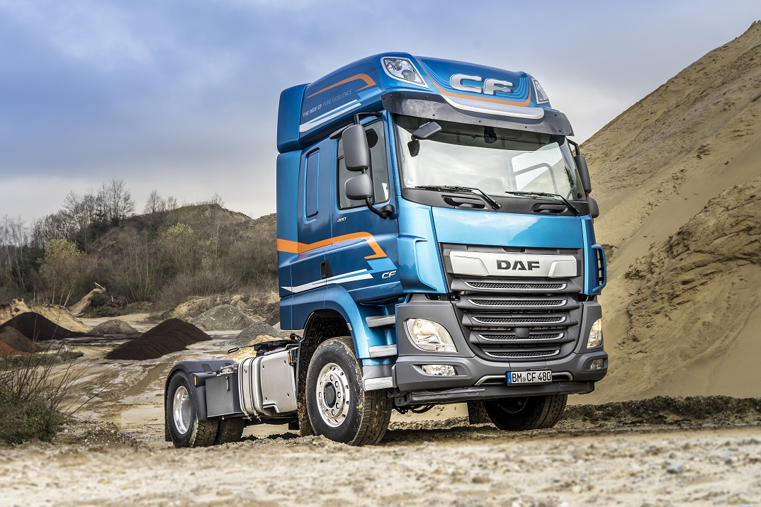 DAF XF with Switchable  Front Wheel Drive