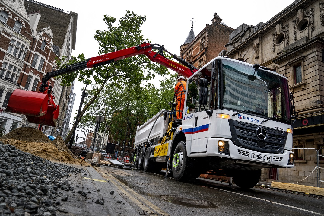 Mercedes Econic as a Grab Loader