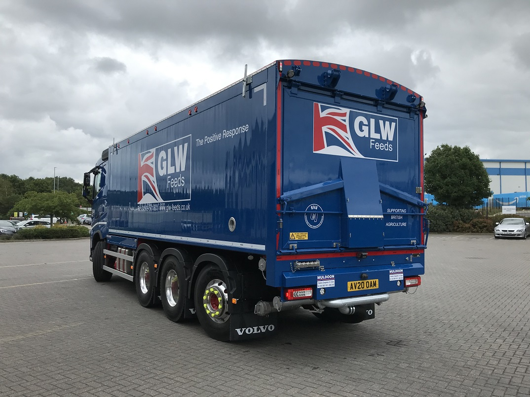 Volvo FH 2020 with Tridem Rear Steer