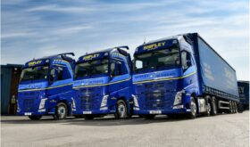 Volvo FH460 with I-Save in Blue 2021 model