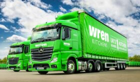 Actros Tractor Unit in Green